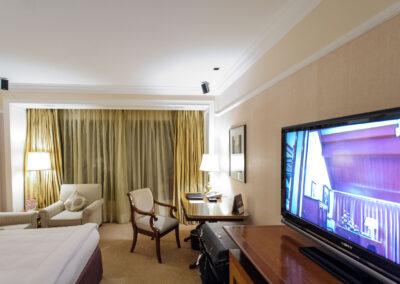 Taj lands End Hotel rrom