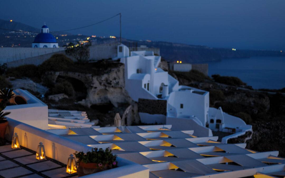 Santorini is limiting visitors